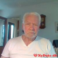 meand´s dating profil. meand er 65 år og kommer fra Bornholm - søger Kvinde. Opret en dating profil og kontakt meand