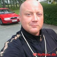 Dntheone´s dating profil. Dntheone er 45 år og kommer fra Sydsjælland - søger Kvinde. Opret en dating profil og kontakt Dntheone