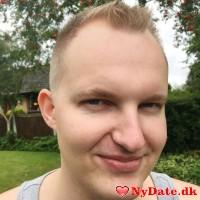 Nega7´s dating profil. Nega7 er 23 år og kommer fra Østjylland - søger Kvinde. Opret en dating profil og kontakt Nega7
