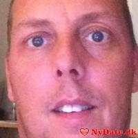 Schjeff´s dating profil. Schjeff er 44 år og kommer fra Nordsjælland - søger Kvinde. Opret en dating profil og kontakt Schjeff