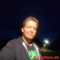 9500tv´s dating profil. 9500tv er 31 år og kommer fra Nordjylland - søger Kvinde. Opret en dating profil og kontakt 9500tv