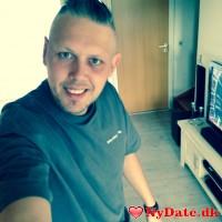 PerV´s dating profil. PerV er 40 år og kommer fra Østjylland - søger Kvinde. Opret en dating profil og kontakt PerV