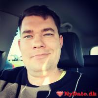 MikeDK1990´s dating profil. MikeDK1990 er 30 år og kommer fra København - søger Kvinde. Opret en dating profil og kontakt MikeDK1990