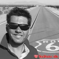 ZeusZeus´s dating profil. ZeusZeus er 52 år og kommer fra Østjylland - søger Kvinde. Opret en dating profil og kontakt ZeusZeus