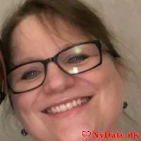 Kari´s dating profil. Kari er 51 år og kommer fra København - søger Mand. Opret en dating profil og kontakt Kari