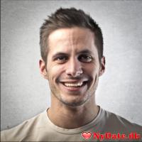 Nicolaii34´s dating profil. Nicolaii34 er 25 år og kommer fra København - søger Kvinde. Opret en dating profil og kontakt Nicolaii34