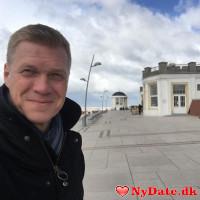 Donald232323´s dating profil. Donald232323 er 57 år og kommer fra København - søger Kvinde. Opret en dating profil og kontakt Donald232323