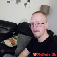 JonasKJ´s dating profil. JonasKJ er 22 år og kommer fra Nordjylland - søger Kvinde. Opret en dating profil og kontakt JonasKJ