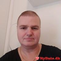 Aalling´s dating profil. Aalling er 50 år og kommer fra Vestjylland - søger Kvinde. Opret en dating profil og kontakt Aalling