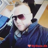 Thepingo´s dating profil. Thepingo er 27 år og kommer fra Nordjylland - søger Kvinde. Opret en dating profil og kontakt Thepingo