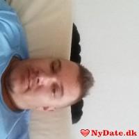 Tahiri´s dating profil. Tahiri er 38 år og kommer fra Storkøbenhavn - søger Kvinde. Opret en dating profil og kontakt Tahiri