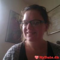 Line2485´s dating profil. Line2485 er 27 år og kommer fra Midtjylland - søger Mand. Opret en dating profil og kontakt Line2485