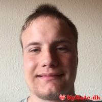 ekim9310´s dating profil. ekim9310 er 27 år og kommer fra Nordjylland - søger Kvinde. Opret en dating profil og kontakt ekim9310