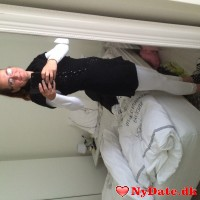 Erika´s dating profil. Erika er 44 år og kommer fra Aalborg - søger Mand. Opret en dating profil og kontakt Erika