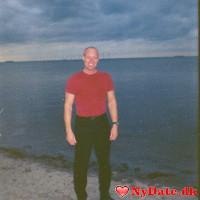 Lars77one´s dating profil. Lars77one er 44 år og kommer fra Nordsjælland - søger Kvinde. Opret en dating profil og kontakt Lars77one