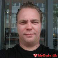 Gilbert40aar´s dating profil. Gilbert40aar er 41 år og kommer fra Storkøbenhavn - søger Kvinde. Opret en dating profil og kontakt Gilbert40aar