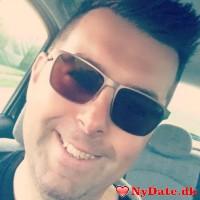 jokeren77´s dating profil. jokeren77 er 43 år og kommer fra Sydsjælland - søger Kvinde. Opret en dating profil og kontakt jokeren77
