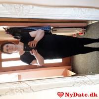 Kvinne46´s dating profil. Kvinne46 er 47 år og kommer fra Færøerne - søger Mand. Opret en dating profil og kontakt Kvinne46