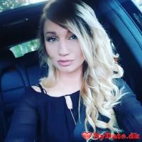 curvy_blue15´s dating profil. curvy_blue15 er 31 år og kommer fra København - søger Mand. Opret en dating profil og kontakt curvy_blue15