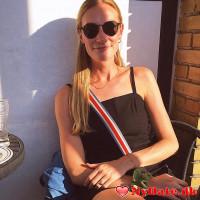 HererjegX´s dating profil. HererjegX er 27 år og kommer fra Odense - søger Kvinde. Opret en dating profil og kontakt HererjegX