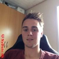 Jesper_P´s dating profil. Jesper_P er 22 år og kommer fra Sønderjylland - søger Kvinde. Opret en dating profil og kontakt Jesper_P