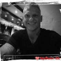 Danni85´s dating profil. Danni85 er 34 år og kommer fra Østjylland - søger Kvinde. Opret en dating profil og kontakt Danni85
