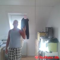 Rasser35´s dating profil. Rasser35 er 38 år og kommer fra Nordsjælland - søger Kvinde. Opret en dating profil og kontakt Rasser35