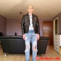 Blueskyman´s dating profil. Blueskyman er 51 år og kommer fra Fyn - søger Kvinde. Opret en dating profil og kontakt Blueskyman