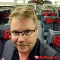 theWeng´s dating profil. theWeng er 37 år og kommer fra Sønderjylland - søger Kvinde. Opret en dating profil og kontakt theWeng