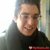 rp88´s dating profil. rp88 er 31 år og kommer fra Århus - søger Kvinde. Opret en dating profil og kontakt rp88