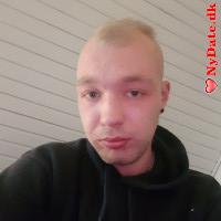 Jacques´s dating profil. Jacques er 23 år og kommer fra Midtjylland - søger Kvinde. Opret en dating profil og kontakt Jacques
