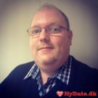 MartinW´s dating profil. MartinW er 39 år og kommer fra Storkøbenhavn - søger Kvinde. Opret en dating profil og kontakt MartinW